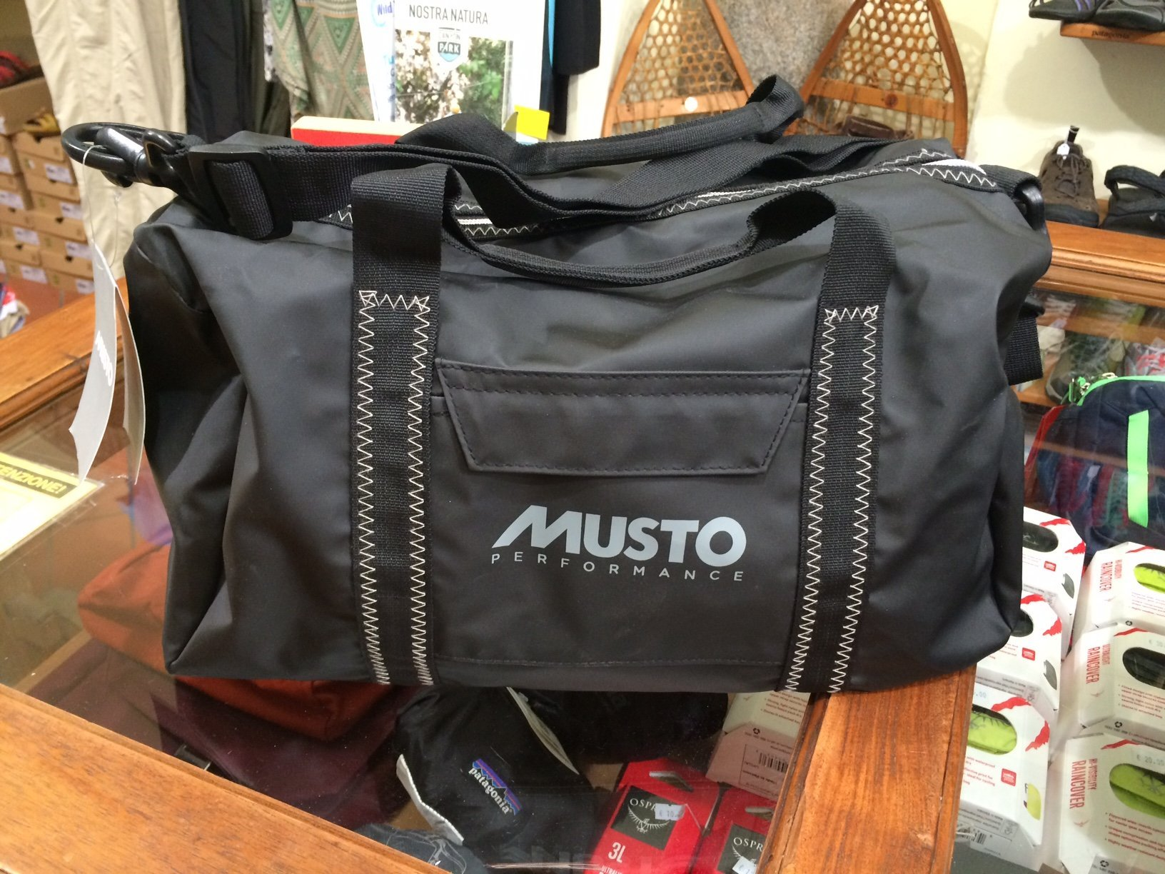 cf2dc48bcd0 MUSTO SMALL CARRYALL | Papini